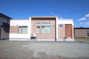 施工事例(自由な暮らしを満喫する平屋住宅)追加します。