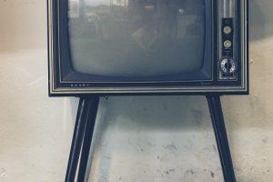 テレビが壊れて大出費!