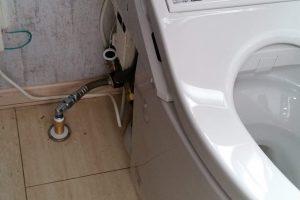 トイレ便器の入替工事をおこないました。