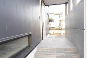 施工事例『白×黒×グレー×平屋』を追加します。