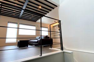 施工事例『半地下・中二階のあるスキップフロアーの家』を追加します。